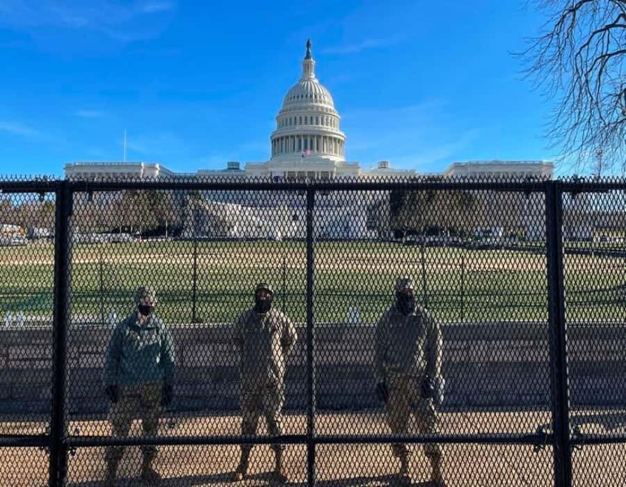 Capitolio en alerta se prepara para primer discurso de Biden ante el Congreso