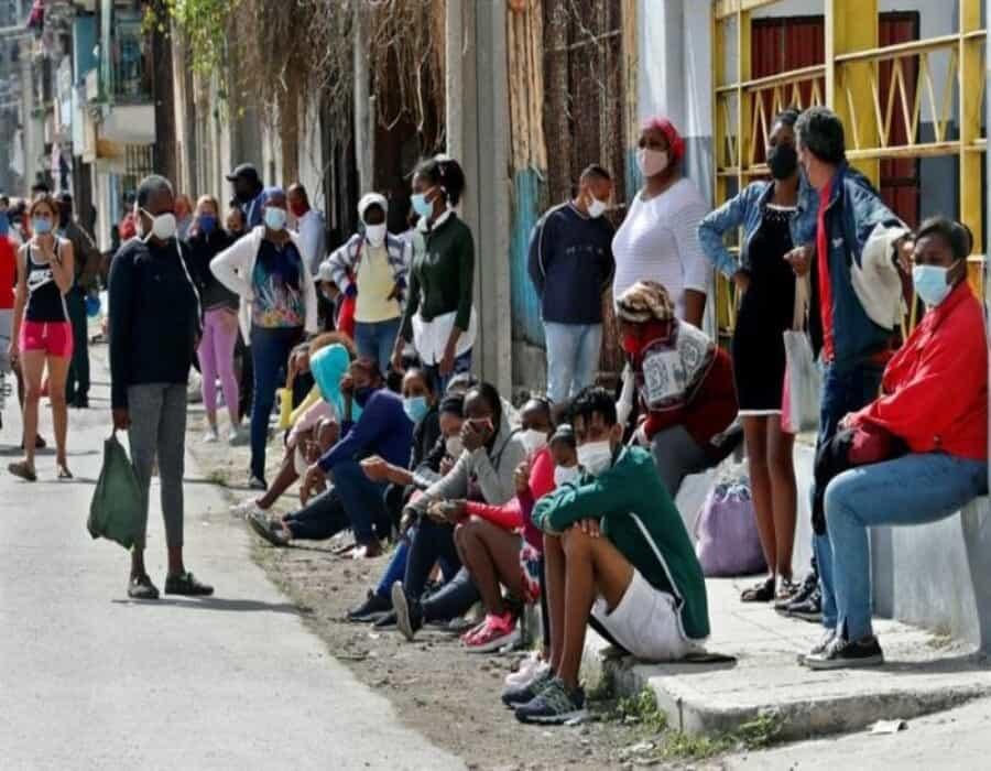 Cuba sobrepasa por cuarto día consecutivo el millar de casos de covid-19