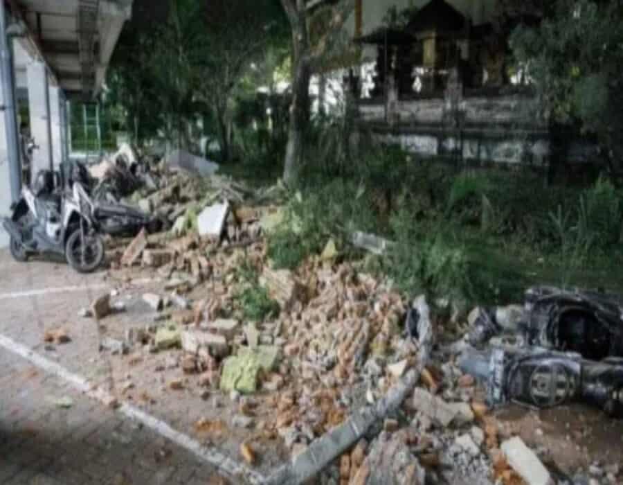 Isla indonesia de Java sufre sismo de magnitud 5,9 que deja al menos siete muertos