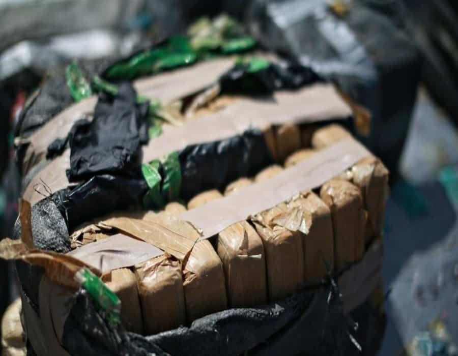 Aparecen paquetes de marihuana en la orilla de playas de la Florida