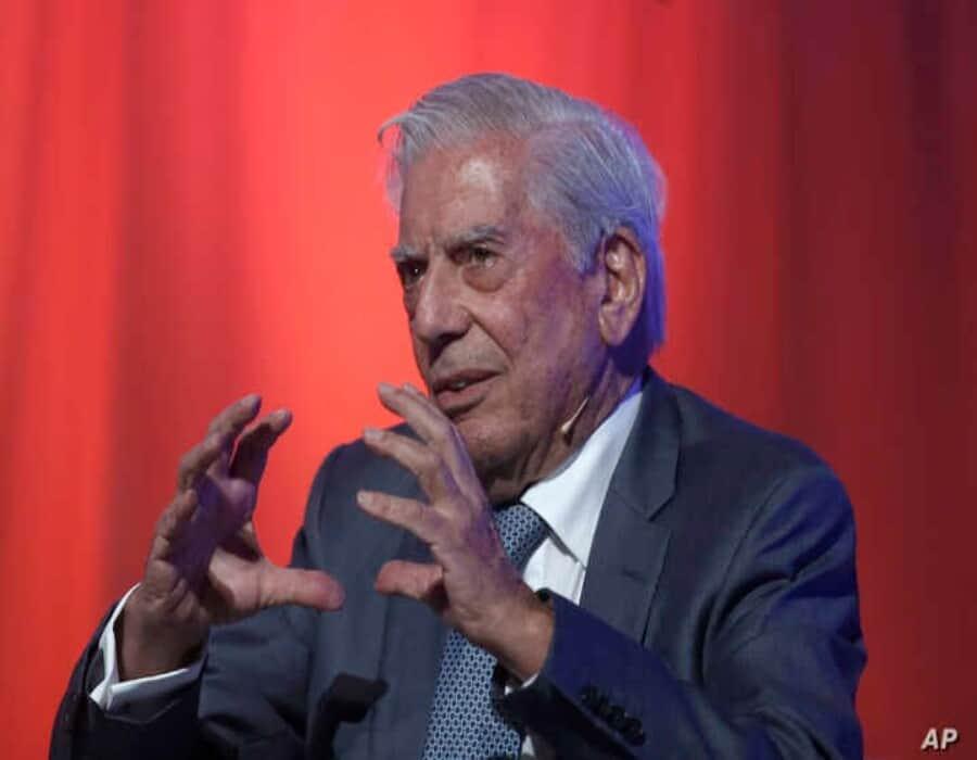 Vargas Llosa, crítico del gobierno Fujimori, llamó a votar por Keiko y no por el candidato de la izquierda