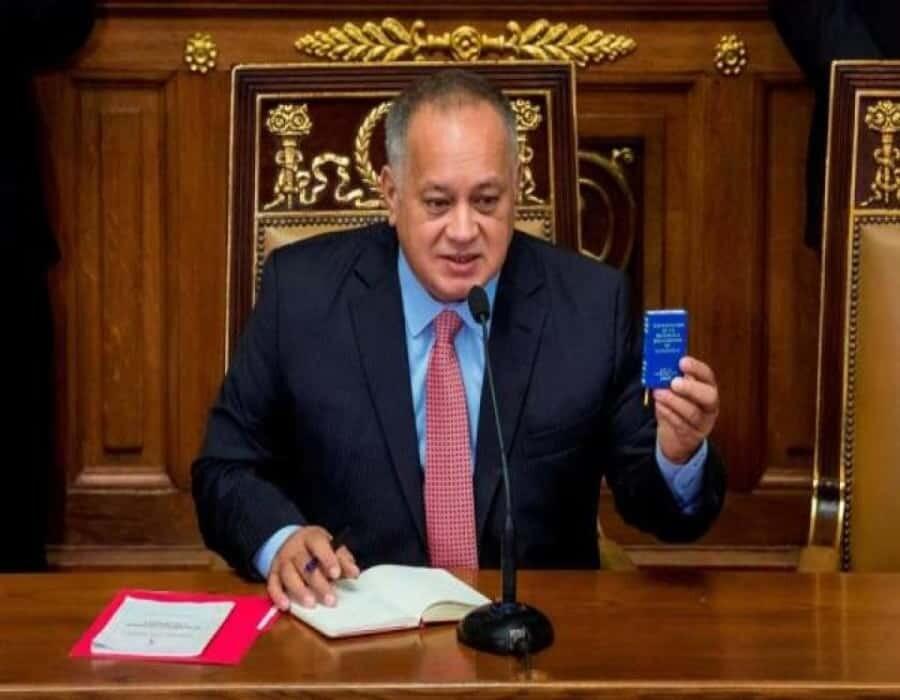 Diosdado Cabello amenaza con ejecutar bienes del diario El Nacional