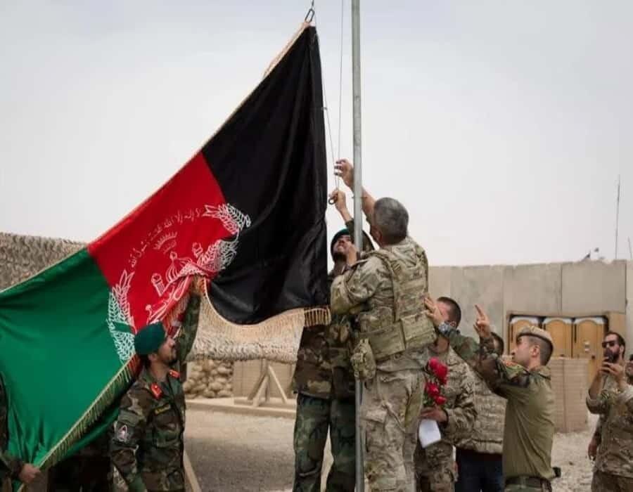 Los talibanes lanzan una gran ofensiva en Afganistán tras la fecha límite para la retirada de EEUU
