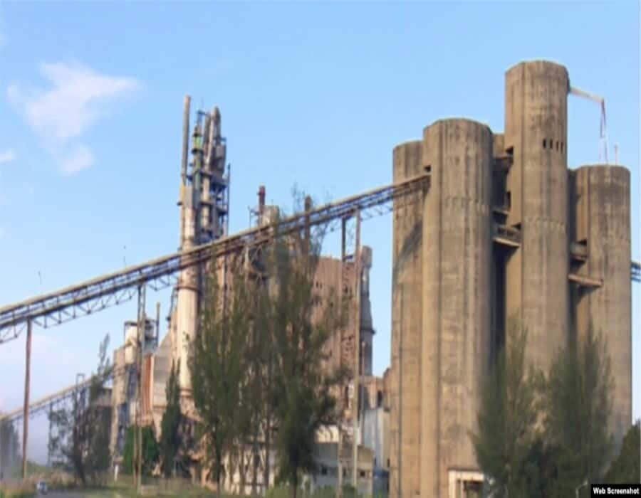Primera victoria de una demanda bajo el Título III de la Ley Helms-Burton; multinacional de cemento llega a acuerdo