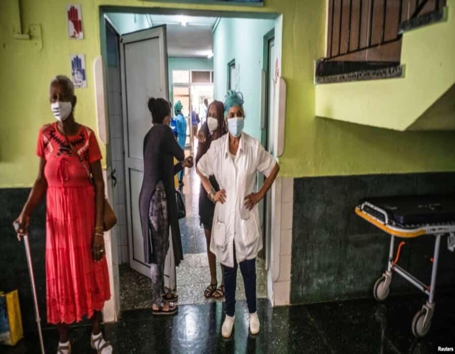 Escasez desata la corrupción en hospitales cubanos: con dinero todo aparece, denuncian médicos y pacientes