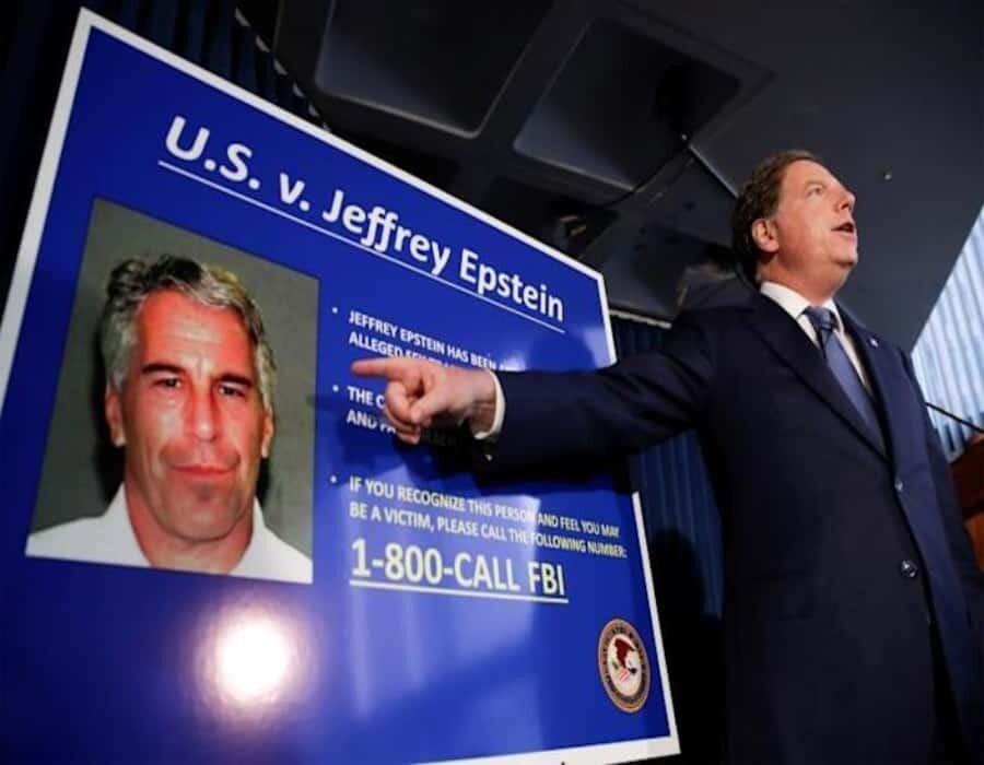 Guardas de Epstein la noche del suicidio acuerdan para no ir a la cárcel