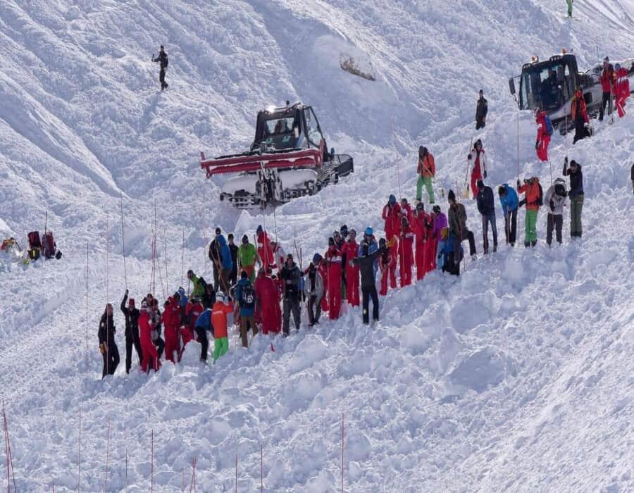 Cuatro muertos en un alud de nieve en los Alpes franceses