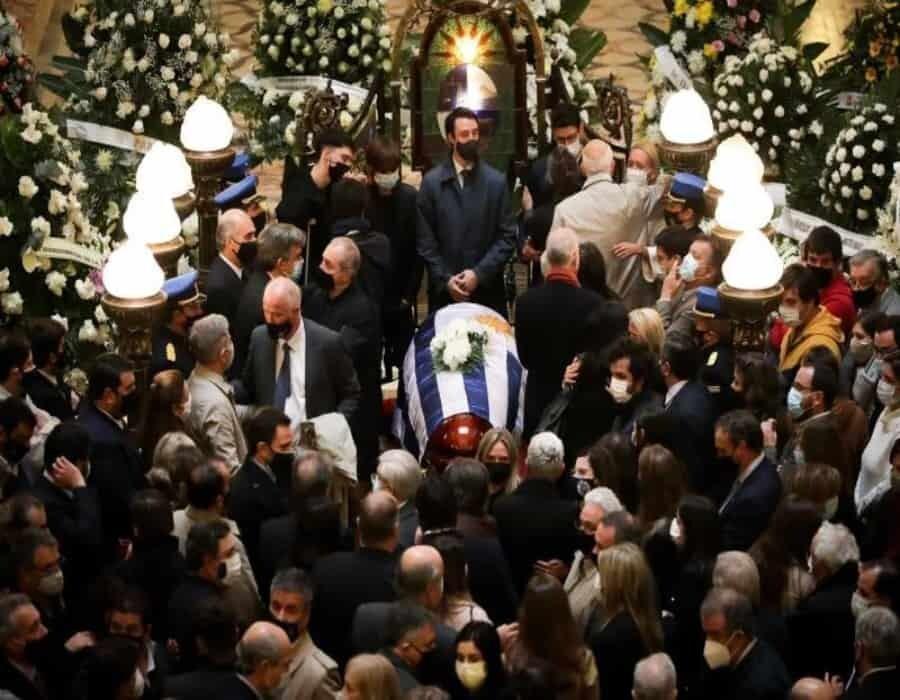 Uruguay entierra a ministro del Interior con emotivo acto en su ciudad natal