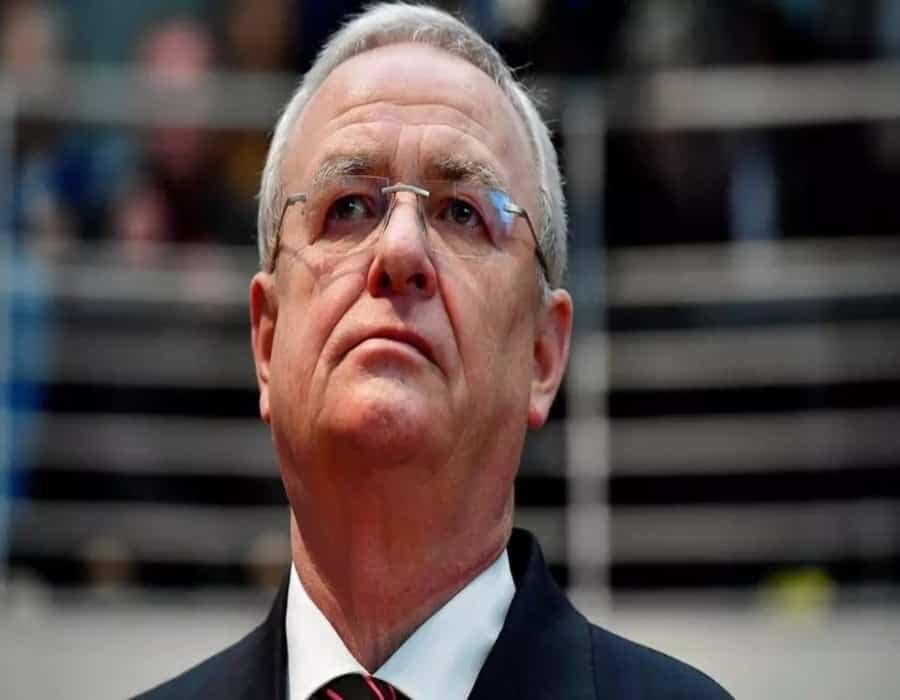 El expresidente de Volkswagen pagará 11 millones de euros por el dieselgate