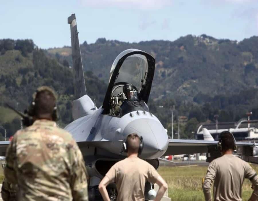 Colombia y EE.UU. inician ejercicio de entrenamiento con aviones F-16 y Kfir