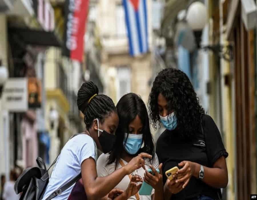 MINSAP oculta gravedad de la pandemia para acelerar reapertura al turismo, denuncian los cubanos