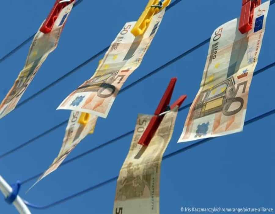 La guerra de la Unión Europea contra el lavado de dinero