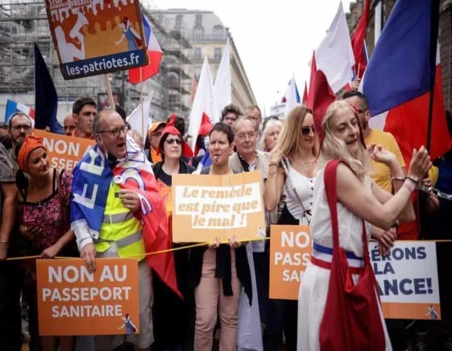 Francia afronta una semana clave para evitar la quinta ola de la pandemia