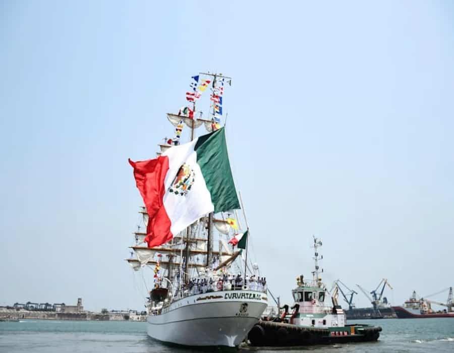 México enviará dos barcos con alimentos y ayuda a Cuba