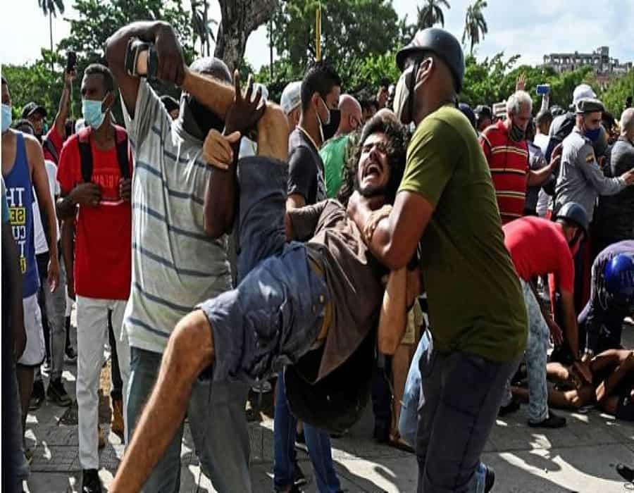 ¡Alerta! Régimen cubano obliga a jóvenes a formar parte de batallones paramilitares