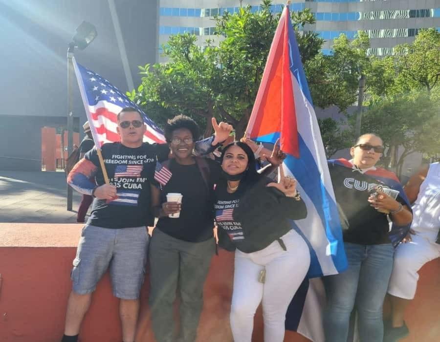 Manifestaciones en California contra la represión del régimen cubano