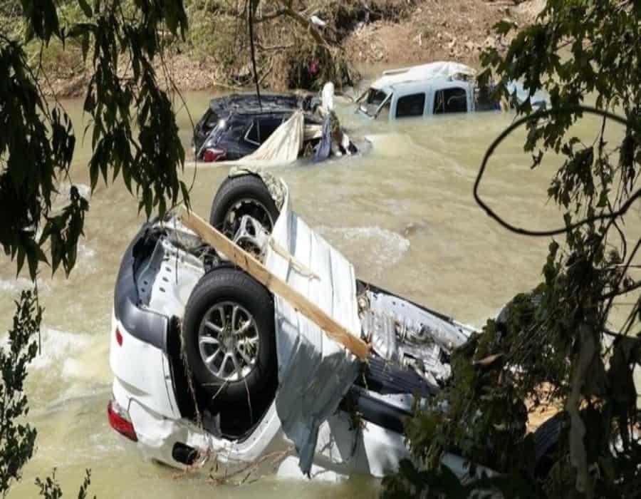 Ya son al menos 22 muertos por inundaciones en Tennessee
