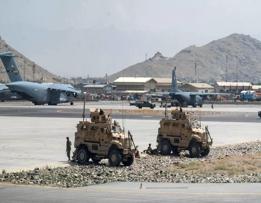 El Pentágono pide ayuda a aerolíneas civiles en la evacuación de Afganistán