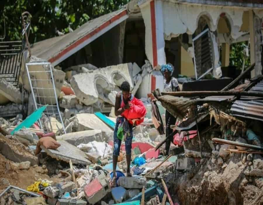 Terremoto en Haití: casi 1.300 muertos, 5.700 heridos y hospitales desbordados
