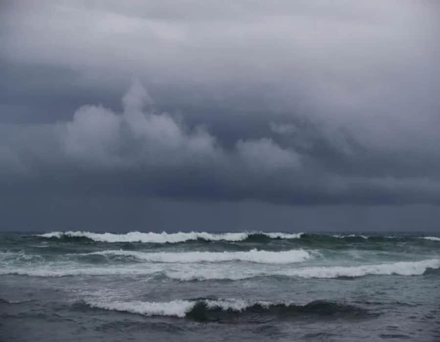 Antillas Menores, Islas Vírgenes y Puerto Rico en senda de posible depresión