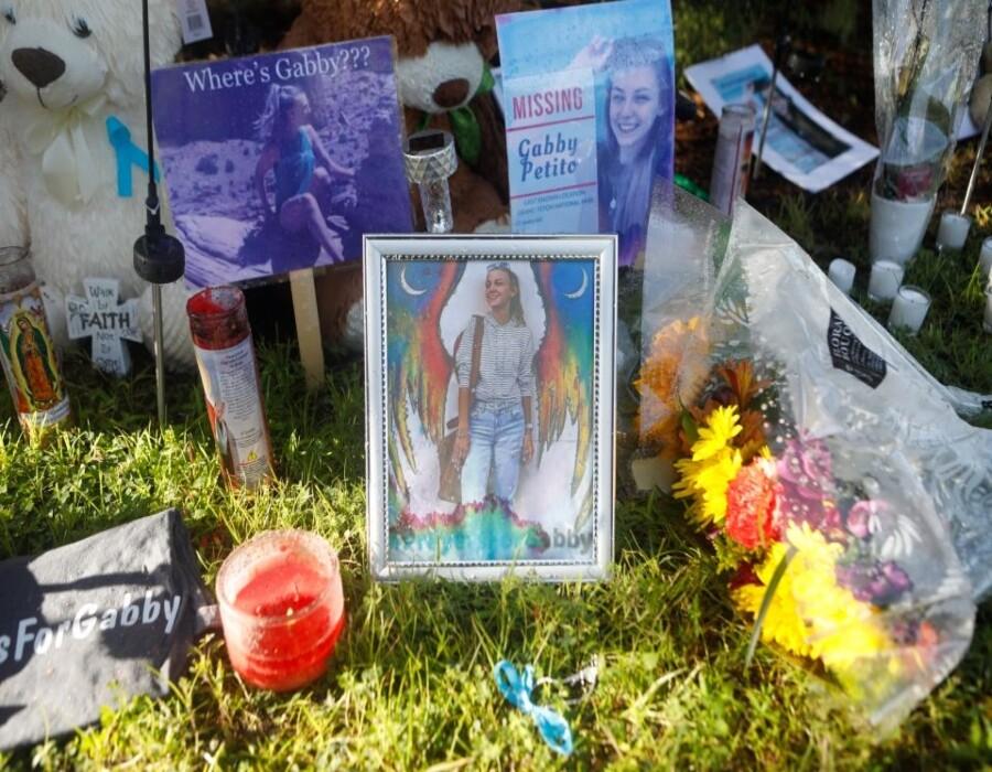 Orden de arresto federal contra Brian Laundrie no es por asesinato de Gabby Petito; lo acusan por uso de dispositivos no autorizados