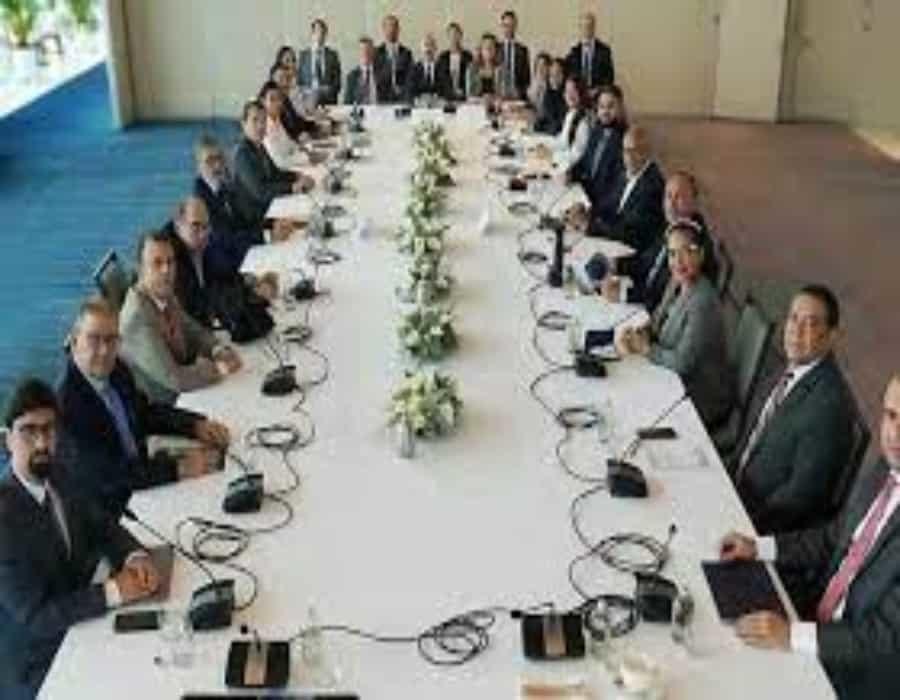 La oposición y el Gobierno de Venezuela alcanzan dos acuerdos preliminares