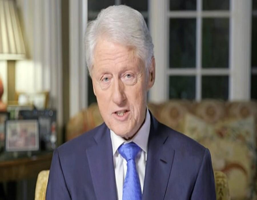 Bill Clinton hospitalizado por infección no relacionada a COVID-19