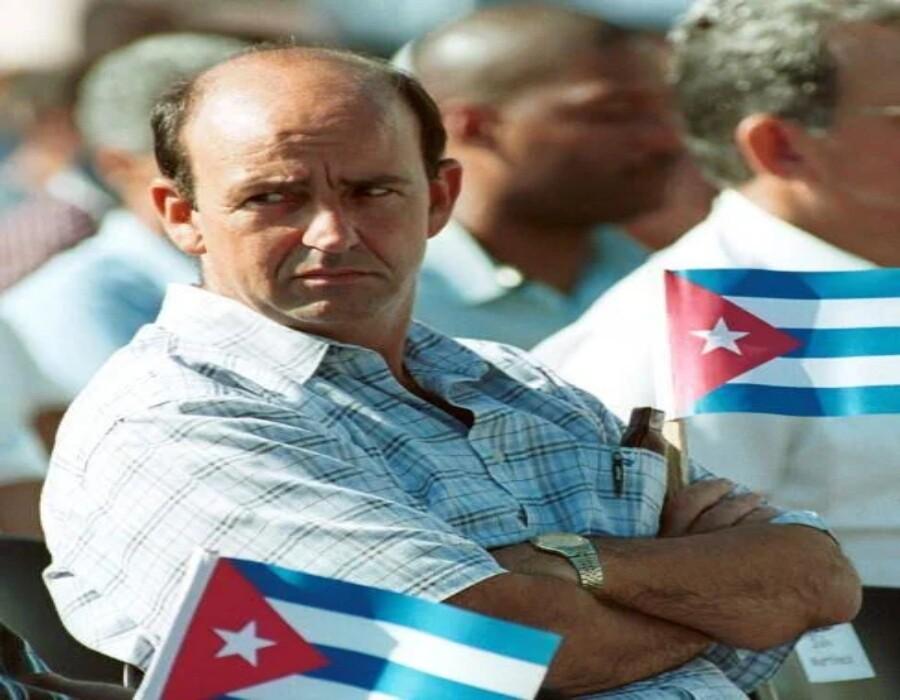 Carlos Lage, alejado desde 2009 de las mieles del poder, reaparece y dice que aún cree en el socialismo