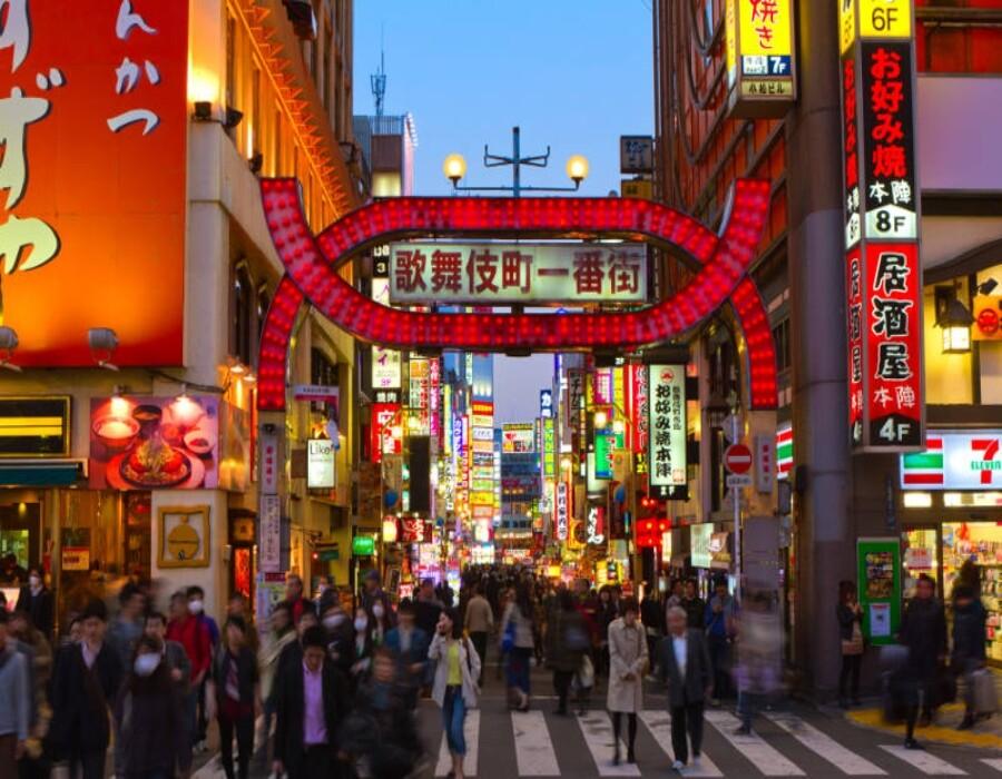 Un éxito repentino contra el virus desconcierta a Japón